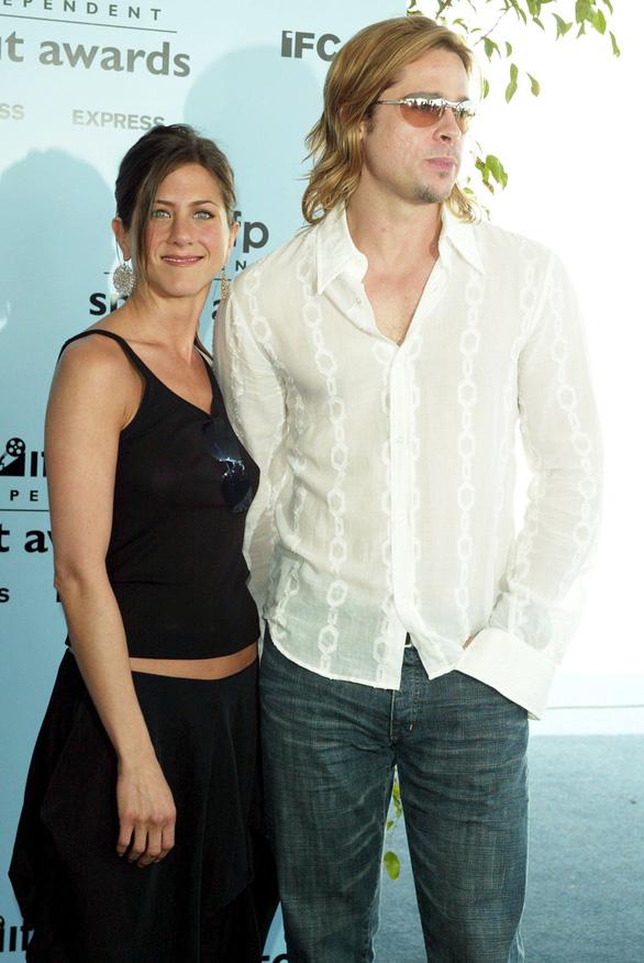 Brad Pitt và Jennifer Aniston tái hợp: trò vịt của truyền thông - Ảnh 6.
