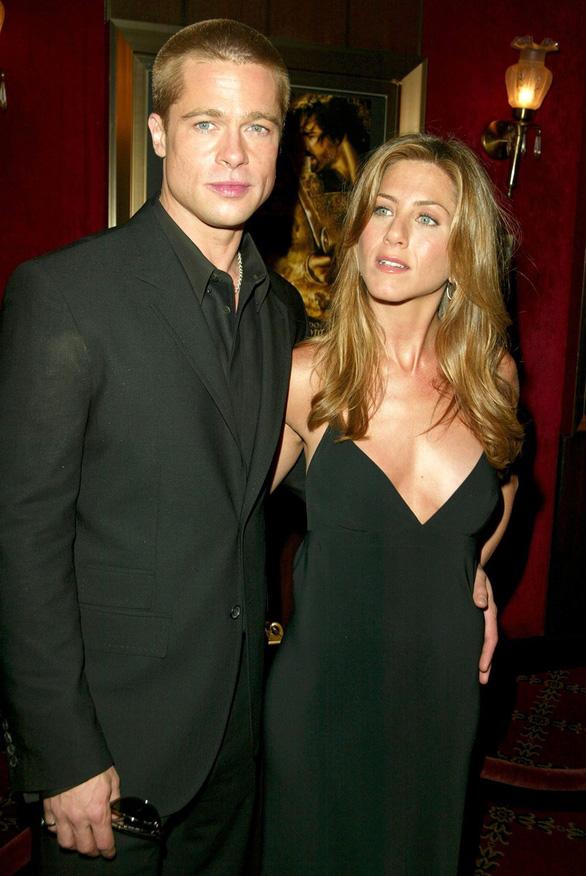 Brad Pitt và Jennifer Aniston tái hợp: trò vịt của truyền thông - Ảnh 8.