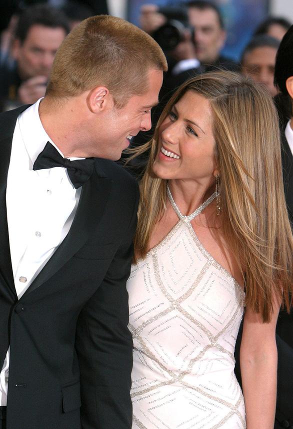 Brad Pitt và Jennifer Aniston tái hợp: trò vịt của truyền thông - Ảnh 9.
