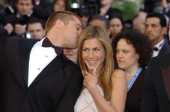 Brad Pitt và Jennifer Aniston tái hợp: trò vịt của truyền thông - Ảnh 10.