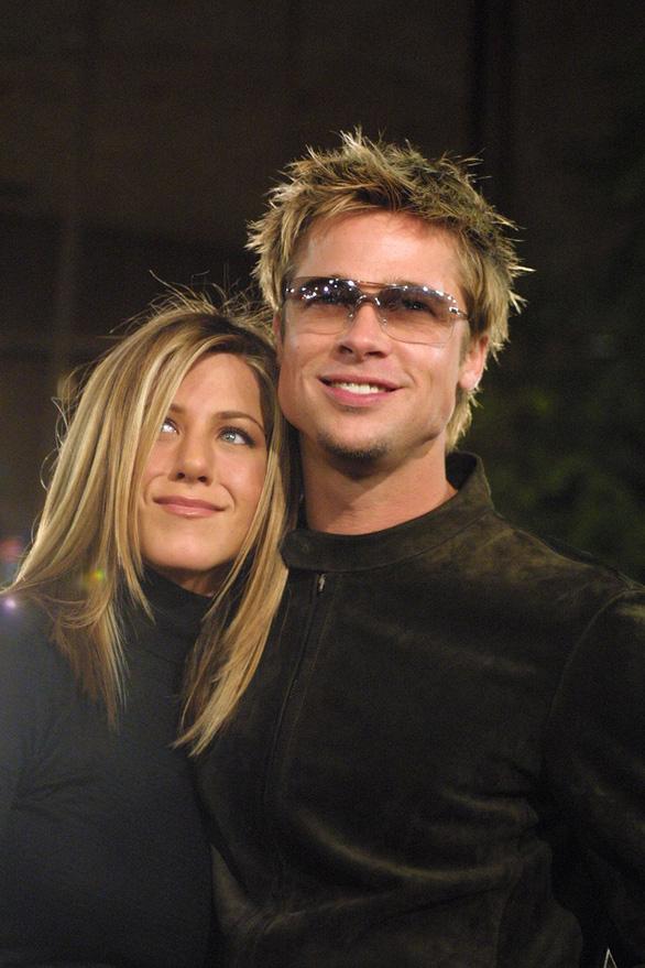 Brad Pitt và Jennifer Aniston tái hợp: trò vịt của truyền thông - Ảnh 12.