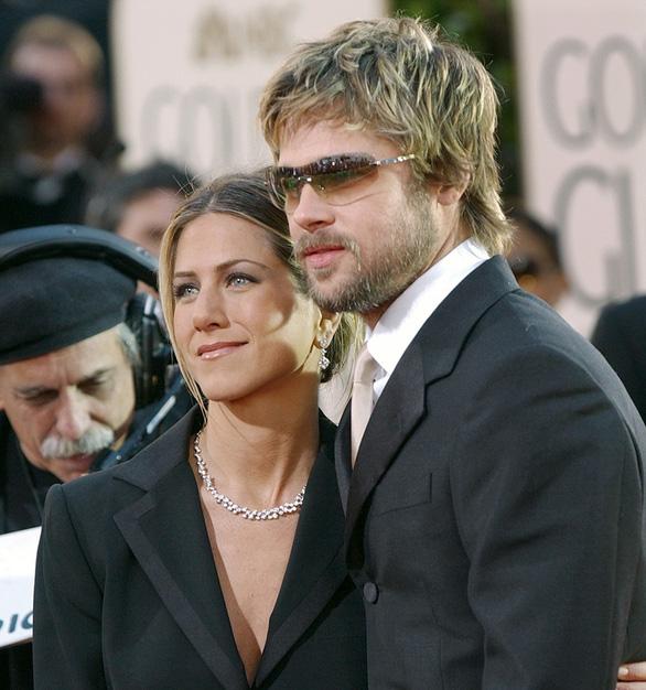 Brad Pitt và Jennifer Aniston tái hợp: trò vịt của truyền thông - Ảnh 13.