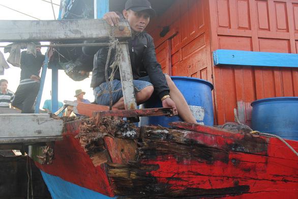 Ngư dân Quảng Ngãi tố bị tàu Trung Quốc cướp phá ở Hoàng Sa - Ảnh 9.
