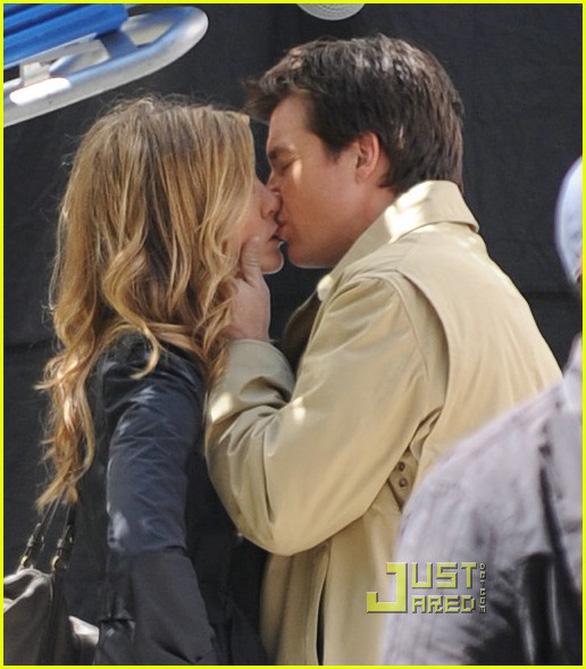 Brad Pitt và Jennifer Aniston tái hợp: trò vịt của truyền thông - Ảnh 5.
