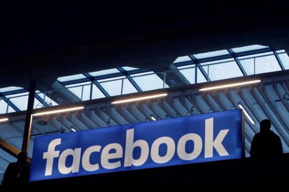 Cổ đông tỉ đô của Facebook muốn Mark Zuckerberg từ chức - Ảnh 1.