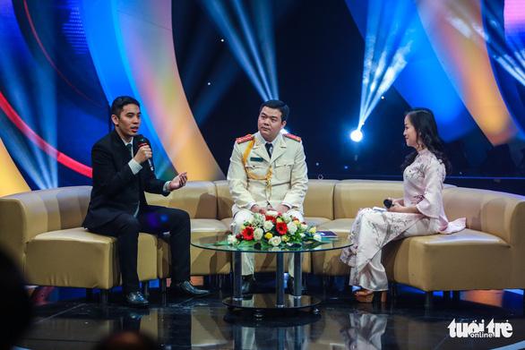 Thủ tướng Nguyễn Xuân Phúc: bạn trẻ hãy đưa đất nước thành hổ, thành rồng - Ảnh 3.