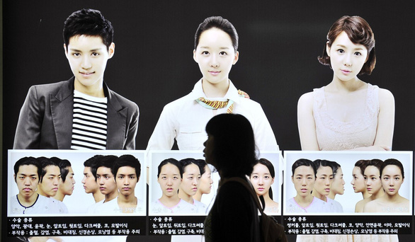 Từ phẫu thuật thẩm mỹ đến đường bán dâm ở Hàn Quốc - Ảnh 3.