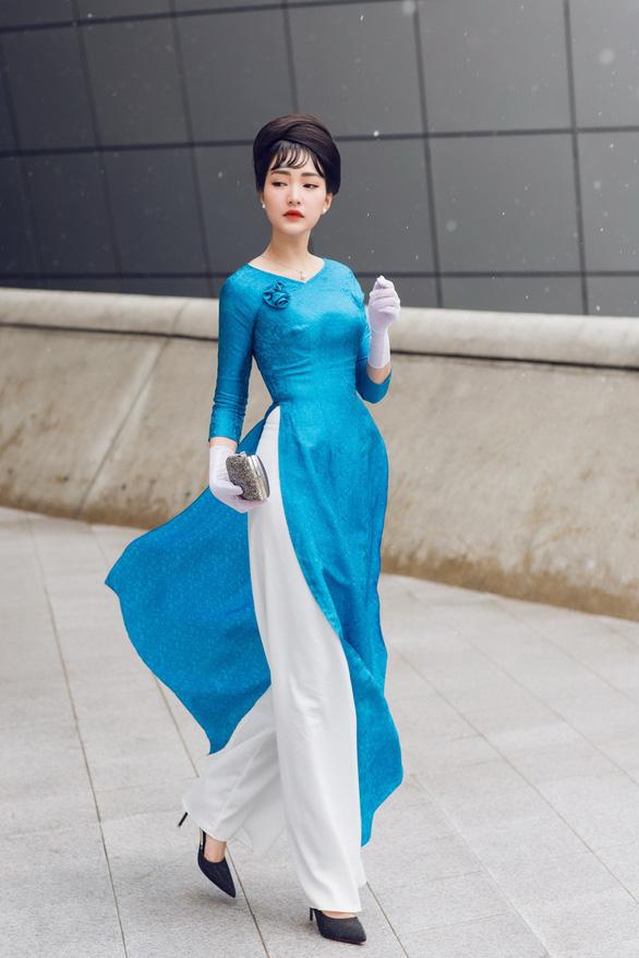 Nàng thơ xứ Huế tỏa sáng cùng áo dài ở Seoul Fashion Week - Ảnh 3.