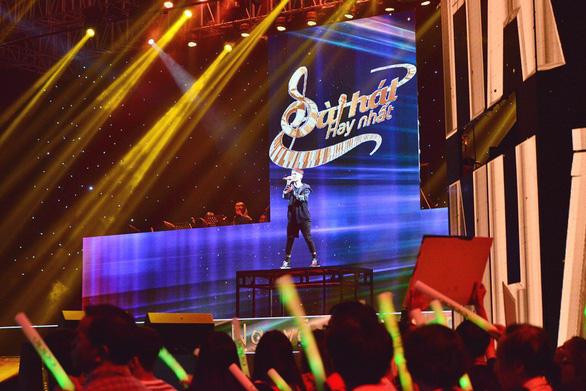Sing my song: Đinh Tuấn Anh gây sóng gió với Bão - Ảnh 15.