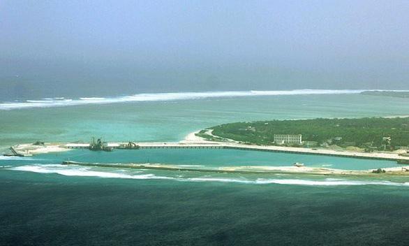 Bộ Ngoại giao trao công hàm phản đối Trung Quốc diễn tập ở Hoàng Sa - Ảnh 1.