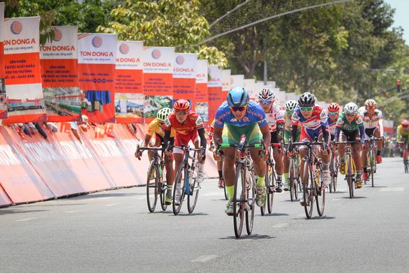 Tôn Đông Á - Đồng hành cùng Cuộc đua xe đạp toàn quốc tranh Cúp truyền hình TP.HCM - Ảnh 2.