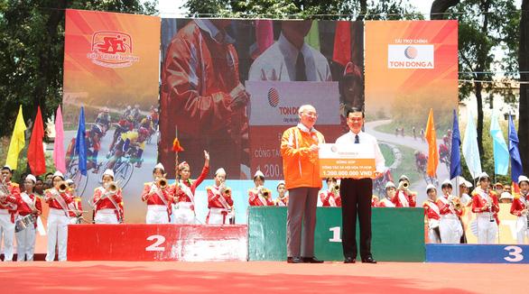 Tôn Đông Á - Đồng hành cùng Cuộc đua xe đạp toàn quốc tranh Cúp truyền hình TP.HCM - Ảnh 1.