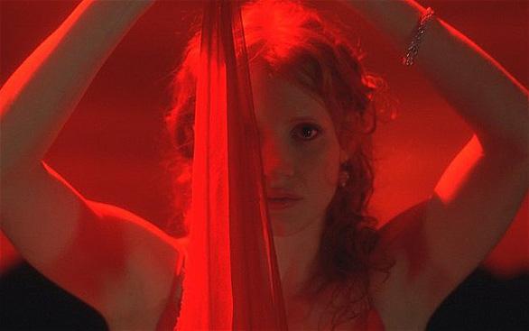 Jessica Chastain và cảnh khỏa thân kỳ lạ trong Wilde Salomé - Ảnh 2.