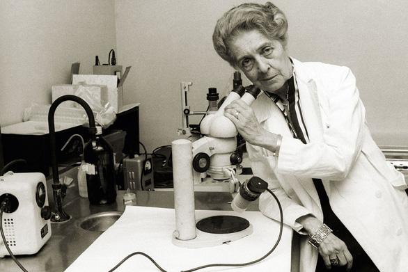 17 nhà khoa học nữ đoạt giải Nobel, họ là ai? - Ảnh 8.