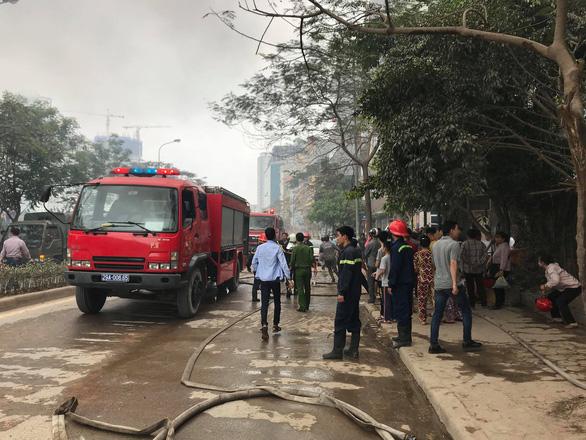 Cháy lớn tại chợ Quang ở xã Thanh Liệt, Hà Nội - Ảnh 5.