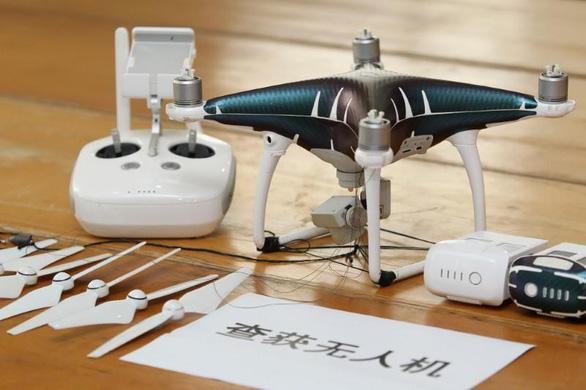 Trung Quốc bắt vụ buôn lậu iPhone bằng drone trị giá 80 triệu USD  - Ảnh 1.