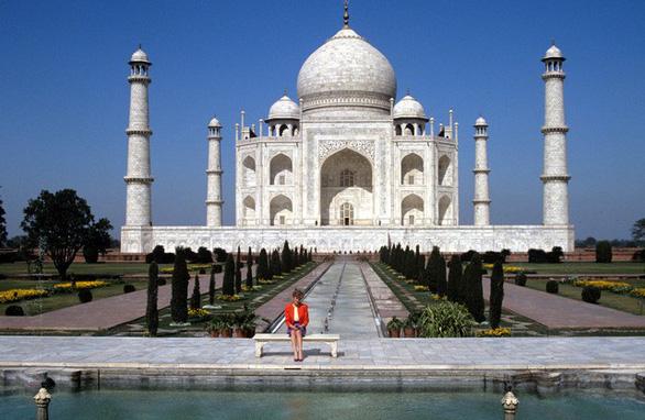 Đền Taj Mahal chỉ mở cửa 3 tiếng mỗi ngày - Ảnh 1.