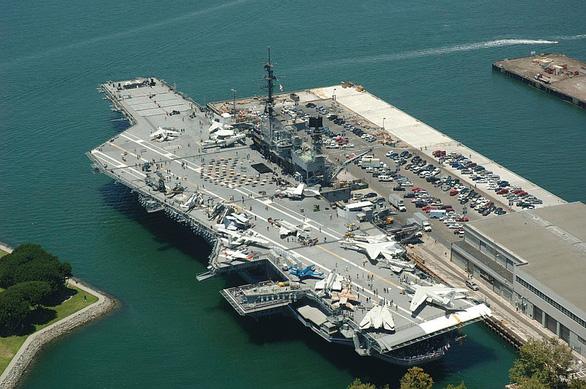 Sức mạnh khét tiếng của đội tàu sân bay Mỹ - Ảnh 5.