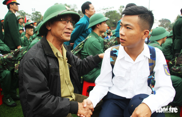Thanh niên Nghệ An ngày nhập ngũ quyết 'vượt nắng, thắng mưa' - Ảnh 8.