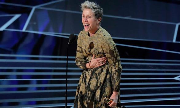 Vừa nhận giải Oscar đã bị trộm tượng vàng  - Ảnh 1.