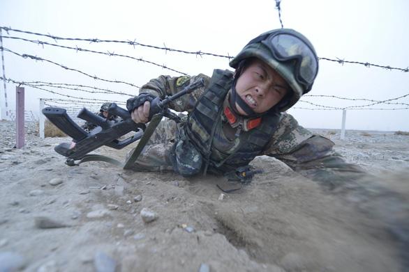 Trung Quốc giải thích tăng ngân sách quốc phòng vì Biển Đông và Đài Loan - Ảnh 1.
