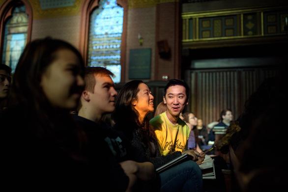 Có gì trong lớp học được nhiều sinh viên Yale đăng ký nhất? - Ảnh 1.
