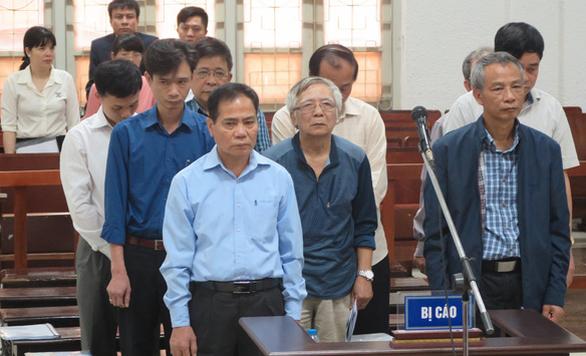 Đề nghị mức án 9 bị cáo vụ vỡ đường ống nước sông Đà - Ảnh 1.