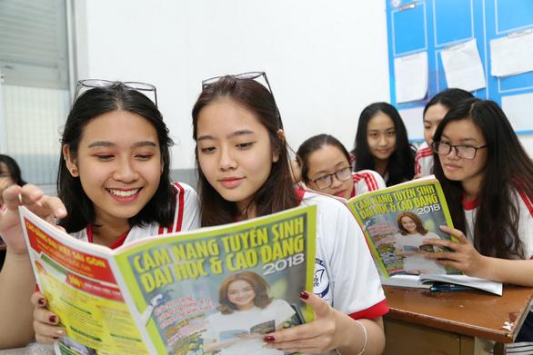 Năm 2019 Tuổi Trẻ tư vấn tuyển sinh hướng nghiệp tại 17 tỉnh thành - Ảnh 2.