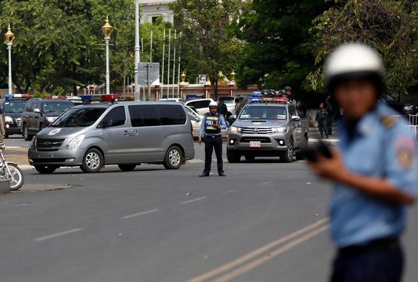 Ông Hun Sen tự tin đủ năng lực nắm quyền thêm 10 năm - Ảnh 3.
