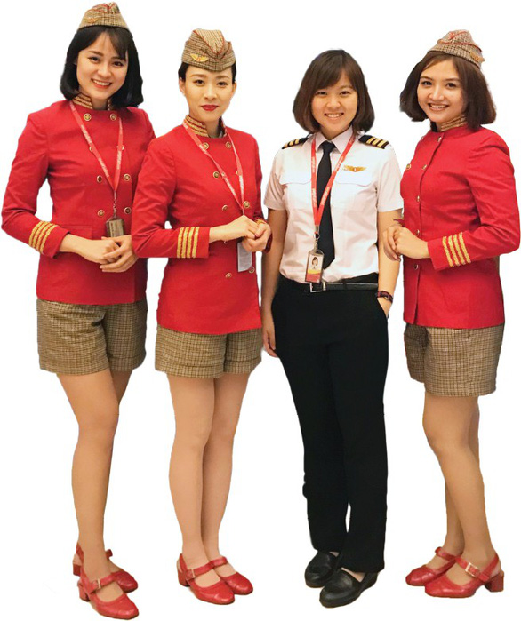 Những bóng hồng yêu ngành hàng không - Ảnh 2.
