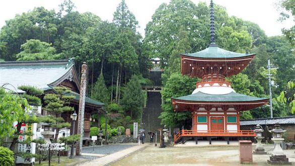 Ngôi đền Nhật Bản thờ bầu ngực phụ nữ - Ảnh 5.