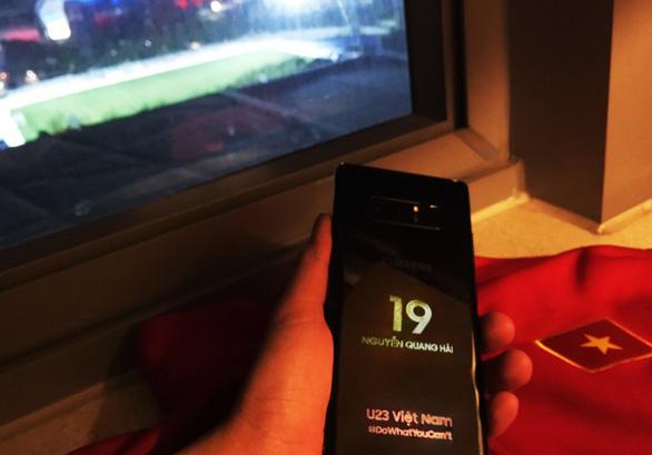 Samsung Vina tặng đội tuyển U-23 VN phần quà trị giá 1,2 tỉ đồng - Ảnh 1.