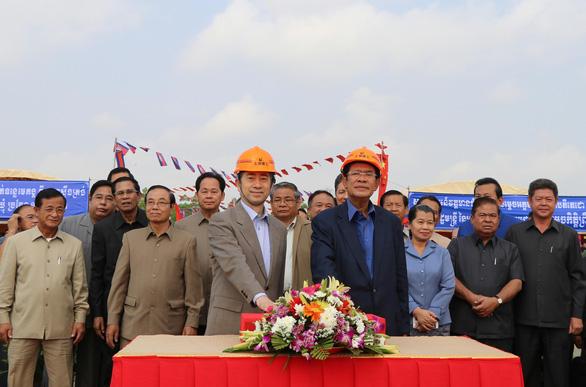 Đập thủy điện Trung Quốc tiếp tục uy hiếp sông Mekong - Ảnh 3.