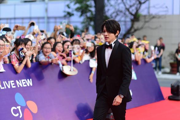 Kim Samuel - chàng hoàng tử lai đáng yêu của Kpop - Ảnh 3.