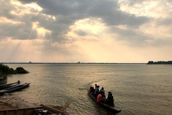 Đập thủy điện Trung Quốc tiếp tục uy hiếp sông Mekong - Ảnh 2.