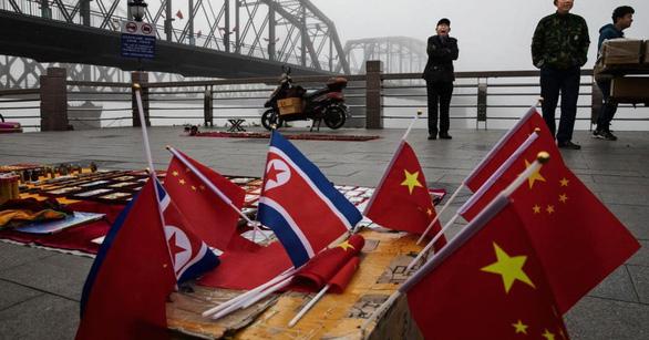 Trung Quốc bóp nghẹt yết hầu Triều Tiên như thế nào? - Ảnh 1.