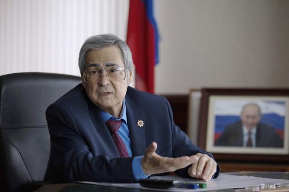 Dân chết cháy, thống đốc Nga xin từ chức vì tự trọng - Ảnh 2.