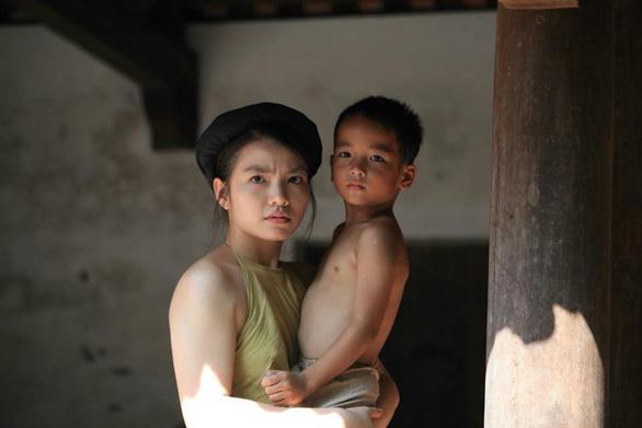 Nông thôn biến mất, phim Việt loanh quanh cứ chuyện tình yêu - Ảnh 3.