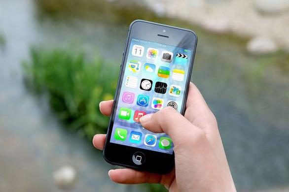 10 ứng dụng hấp dẫn tuổi teen cảnh sát Anh khuyên cha mẹ đề phòng - Ảnh 1.