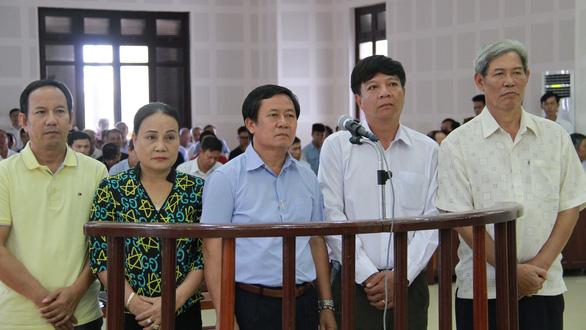 Cựu trung tướng Phan Văn Vĩnh và vụ án gỗ lậu chưa hồi kết - Ảnh 1.