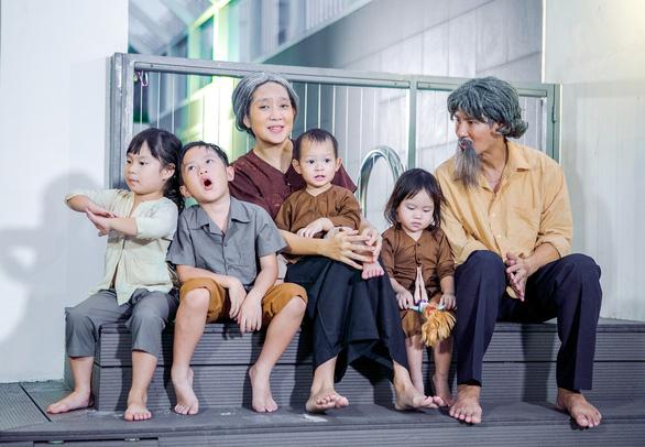 4 nhóc nhà Lý Hải dễ thương trong MV nhạc phim Lật mặt 3 - Ảnh 1.