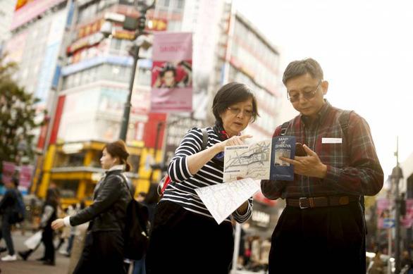 Du khách rời Nhật Bản phải đóng thêm 9 USD tiền 'chia tay' - Ảnh 1.