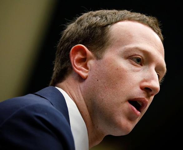 Ngay cả ông chủ Facebook cũng bị lộ thông tin cá nhân - Ảnh 1.