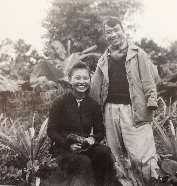 Xem ảnh Phạm Duy, Tố Hữu, Nguyễn Tuân... thời thanh xuân - Ảnh 7.