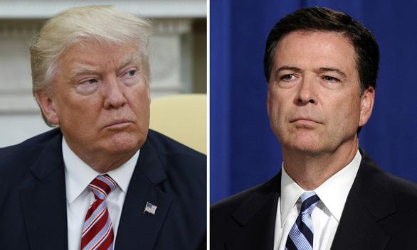 Cựu giám đốc FBI ví ông Trump như trùm băng đảng - Ảnh 1.