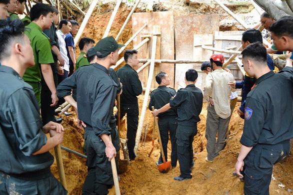 Sạt lở đất tại Lào Cai, 3 người chết - Ảnh 1.