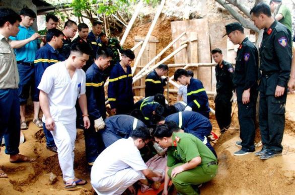 Sạt lở đất tại Lào Cai, 3 người chết - Ảnh 3.