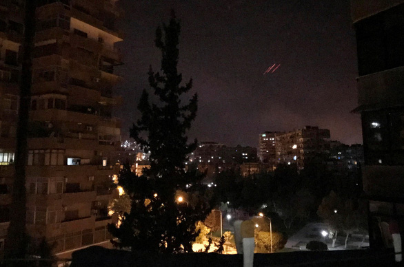Liên quân dội tên lửa xuống bao nhiêu điểm ở Syria? - Ảnh 3.