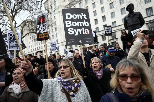 Liên quân dội tên lửa xuống bao nhiêu điểm ở Syria? - Ảnh 4.