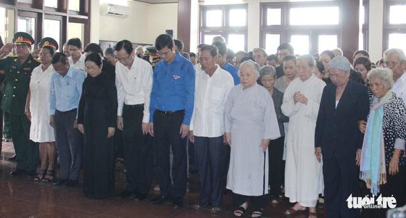 Anh Nguyễn Văn Trỗi đã an nghỉ tại nghĩa trang liệt sĩ TP.HCM - Ảnh 7.